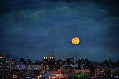 Manhattan Moonrise Poster