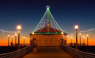 Manhattan Pier Christmas Lights Poster