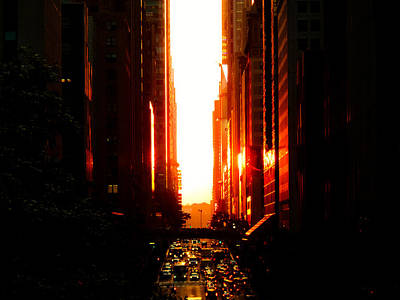Manhattanhenge Sunset Overlooking Times Square - Nyc Poster by Vivienne Gucwa