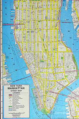 Map Lower Manhattan Nyc Poster by Paul Ward