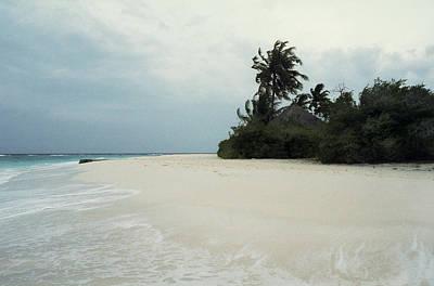 Meedhupparu Beach Poster