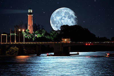 Mega Super Moon Rising Over Jupiter Lighthouse Poster