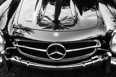 Mercedes-benz Grille Emblem -0185bw Poster