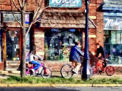Metuchen Nj - Bicyclists On Main Street Poster by Susan Savad