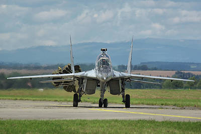 Poster featuring the photograph Mikoyan-gurevich Mig-29ubs by Tim Beach