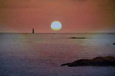 Minots Ledge Light At Sunrise Poster by Bill Cannon