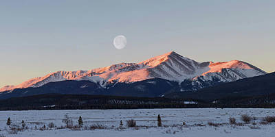 Poster featuring the photograph Mt. Elbert Sunrise by Aaron Spong