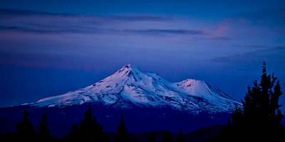Mt Shasta At Sunrise Poster