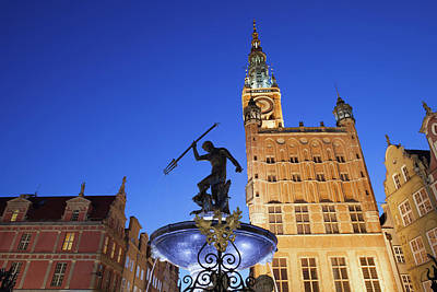 Neptune Fountain And Town Hall In Gdansk Poster by Artur Bogacki