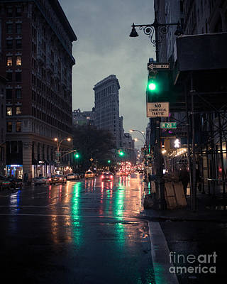 New York At Night Flatiron Poster by John Farnan