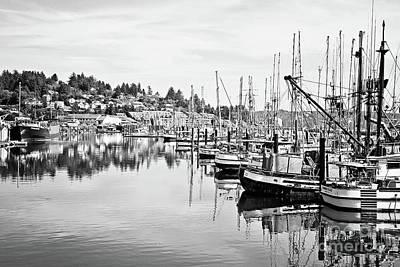 Newport Oregon Harbor - Bw Poster