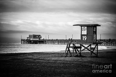 Newport Pier And Lifeguard Tower In Black And White Poster