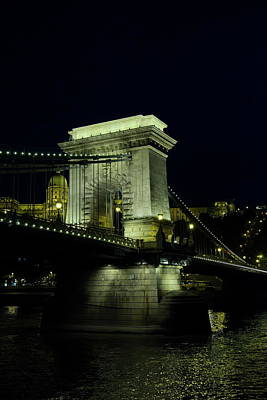 Night View Of The Szchenyi Chain Bridge Poster