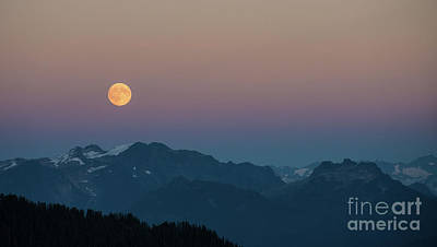 North Cascades Full Moonrise Poster by Mike Reid