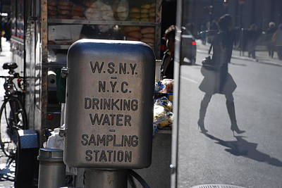 Poster featuring the photograph Nyc Drinking Water by Rob Hans