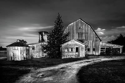 Ohio Barn At Sunrise Poster