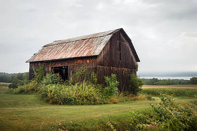 Old Barn On Seneca Lake - Finger Lakes - New York State Poster by Gary Heller