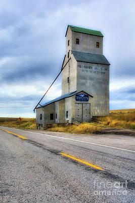 Old Grain Elevator In Idaho Poster by Mel Steinhauer