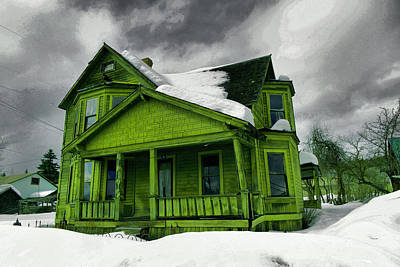 Poster featuring the photograph Old House In Roslyn Washington by Jeff Swan