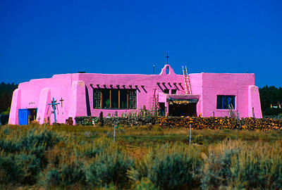 Old Pink Schoolhouse Gallery Tres Piedras Nm Poster by Troy Montemayor