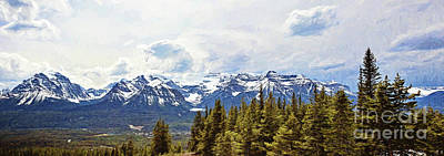 Pano Of The Mountains Surrounding Lake Louise Poster
