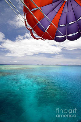 Parasail Over Fiji Poster by Dave Fleetham - Printscapes
