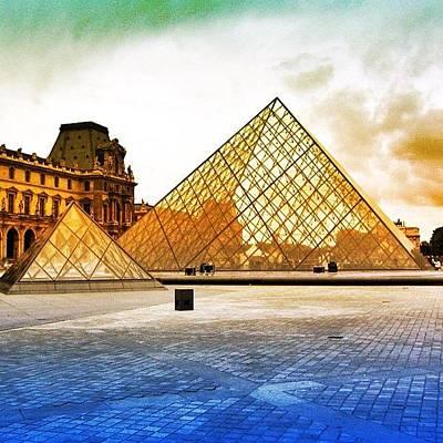 Paris - Louvre Poster