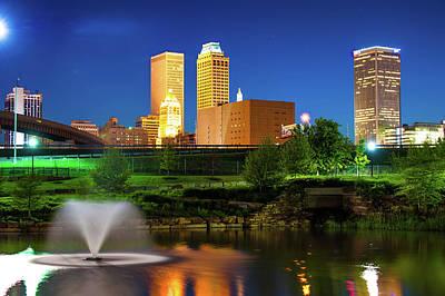 Park View Of The Tulsa Skyline - Oklahoma Usa Poster by Gregory Ballos