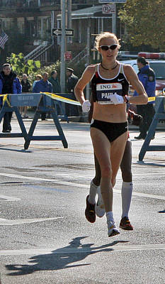 Poster featuring the photograph Paula Radcliffe Nyc Marathon by Terry Cork