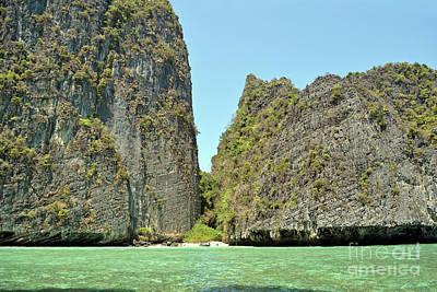 Phi Phi Islands 2 Poster