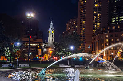 Philadelphia At Night - Swann Fountain And City Hall Poster by Bill Cannon