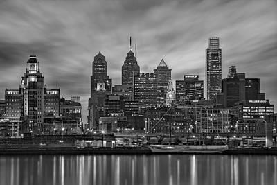 Philadelphia Skyline Bw Poster