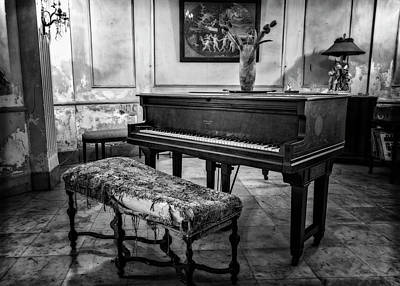 Poster featuring the photograph Piano At Josie's House Bw by Joan Carroll
