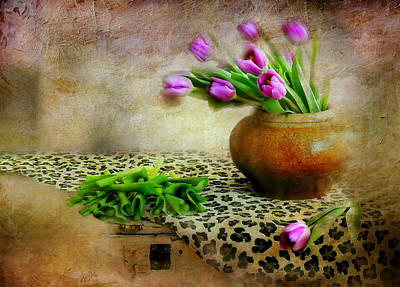 Pink In Clay Pot Poster