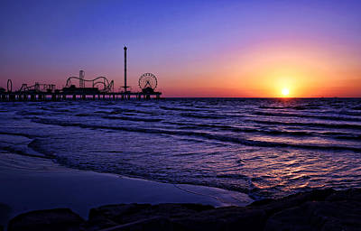 Pleasure Pier Sunrise Poster