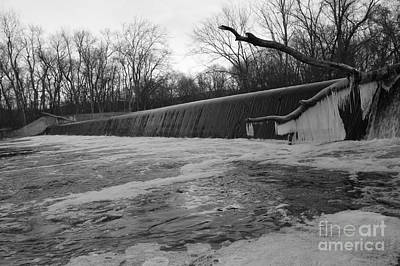 Falling Water On The Pompton Spillway In Winter Poster