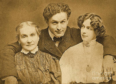 Portrait Of Harry Houdini With Is Mother And Wife Poster