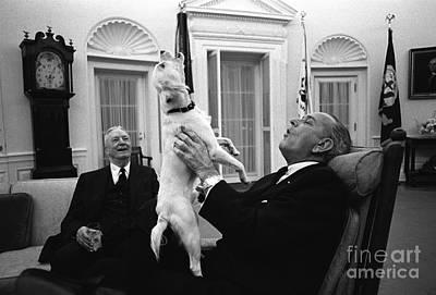 President Johnson Sings With Yuki, 1968 Poster