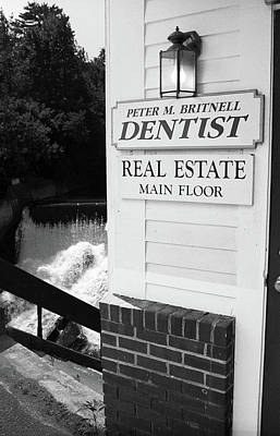 Quechee, Vermont - Falls Storefront 2006 Bw Poster by Frank Romeo
