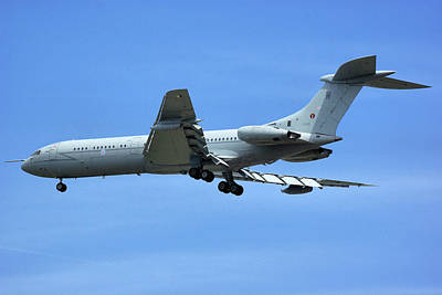 Poster featuring the photograph Raf Vickers Vc10 C1k by Tim Beach