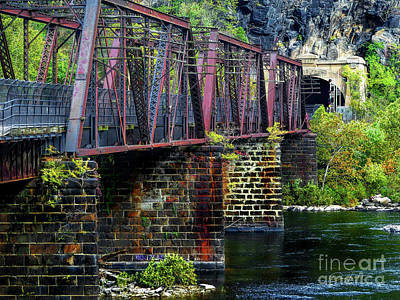 Rail Road Bridge Over The Potomac River At Harpers Ferry, Wv Poster