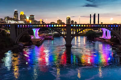 Rainbow Bridge In Minneapolis Poster by Jim Hughes
