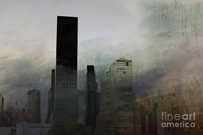 Rainy Day In Manhattan Poster