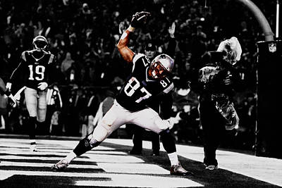 Rob Gronkowski Poster by Brian Reaves