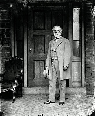 Robert E. Lee In Richmond, Virginia Poster by Photo Researchers