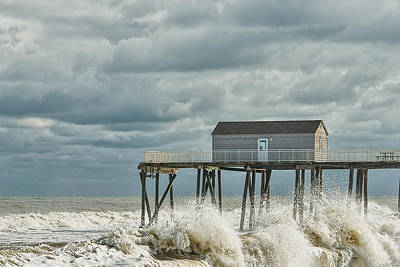 Rough Surf At The Fishing Pier Poster