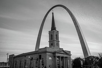 Saint Louis Missouri Arch And Cathedral - Black And White - Usa  Poster by Gregory Ballos