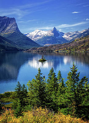Saint Mary Lake And Wild Goose Island Poster