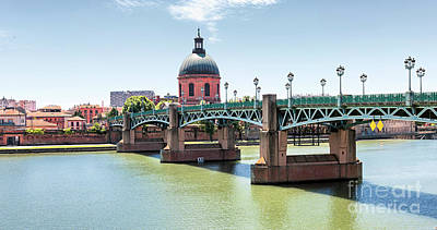 Saint-pierre Bridge In Toulouse Poster by Elena Elisseeva