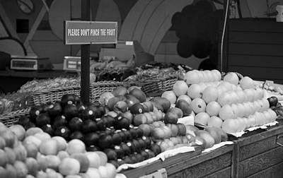 San Francisco Fruit Stand Bw Poster
